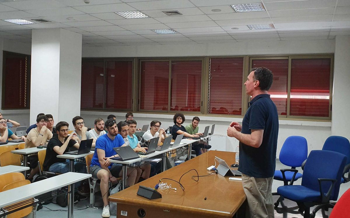 "Workshop on ""Machine learning in the browser"" di Marcus Winter"